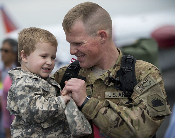 U>S> troops return to California from Afghanistan