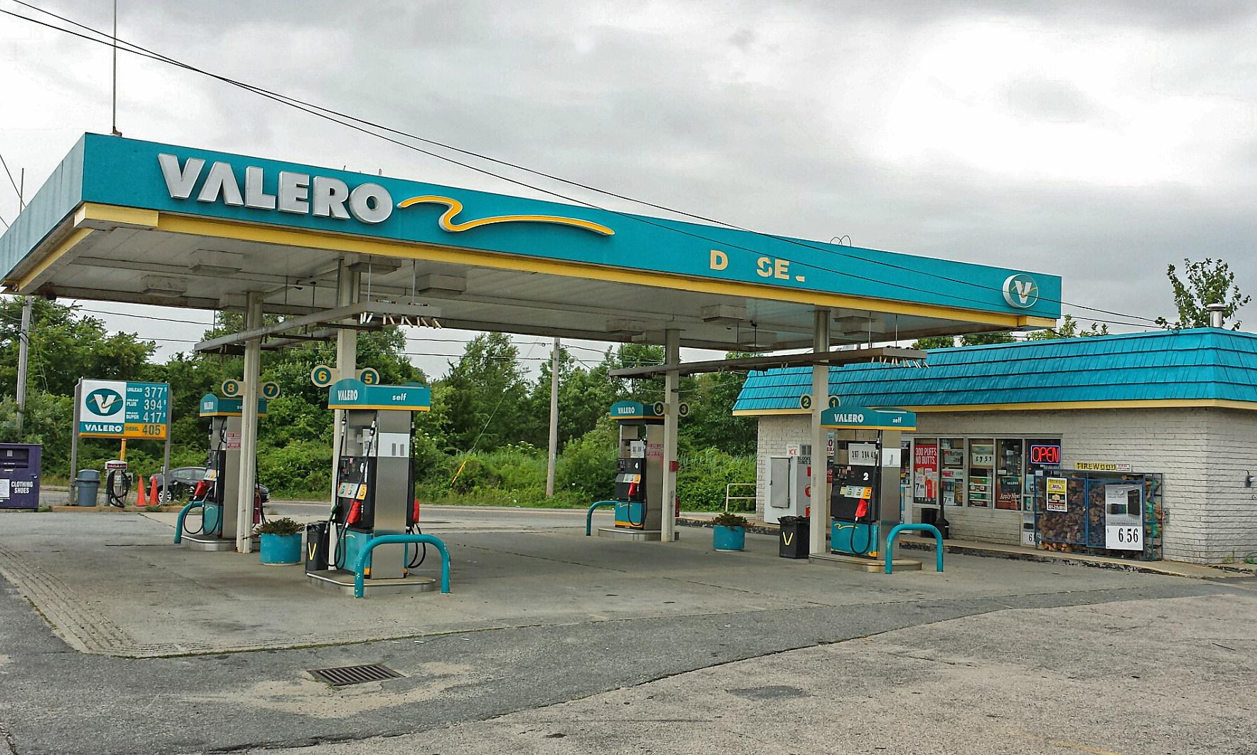 Valero Gas Station Logo Valero Related Keyword...