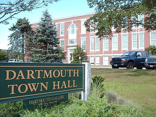 DARTMOUTH-TOWN-HALL1
