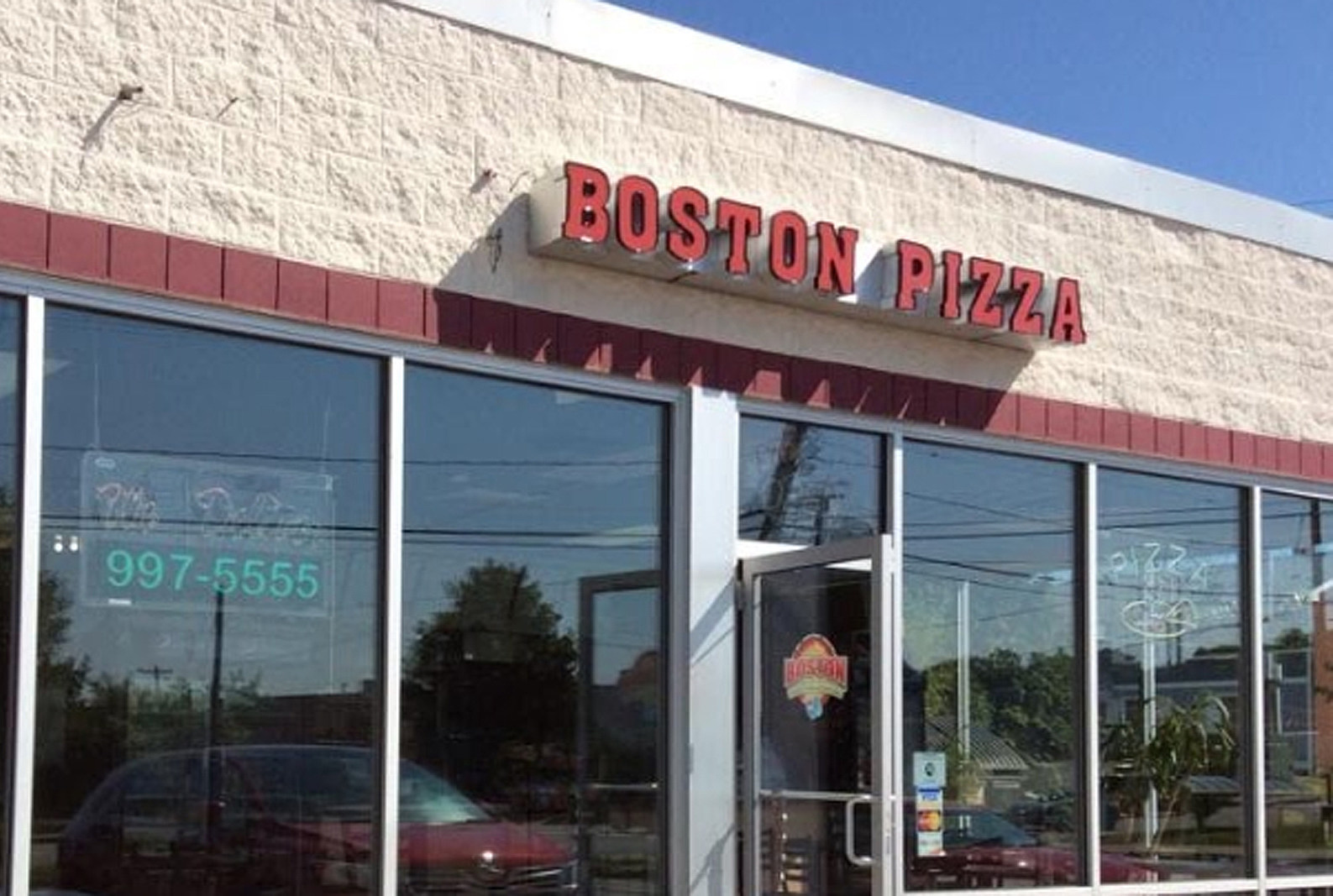 Boston Pizza/Google Images